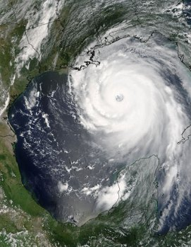 Hurricane Katrina 2005, USGS satellite view, public domain free photographs.